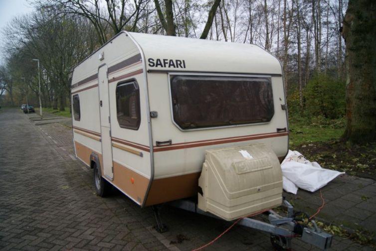 Caravan Utopia